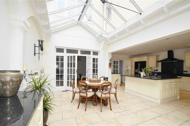 6 bed terraced house for sale in Grand Parade, Leigh-On-Sea, Essex