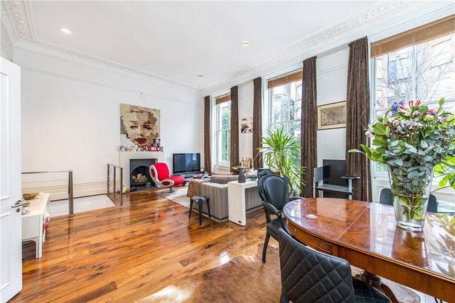 Flat for sale in Old Brompton Road, Earls Court, London