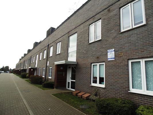 Thumbnail Flat for sale in Enfield, London