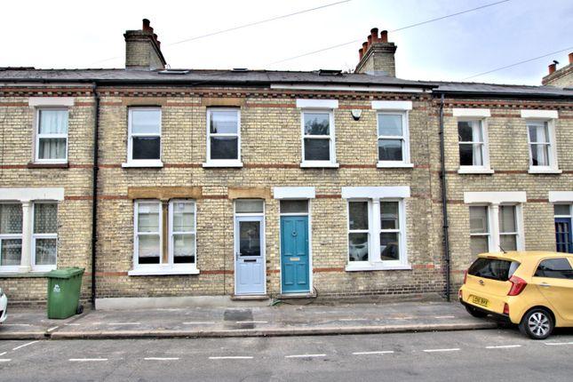 Thumbnail Semi-detached house to rent in Catharine Street, Cambridge, Cambridgeshire