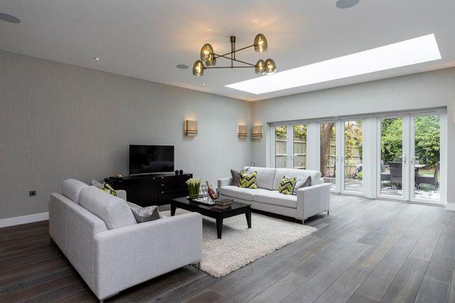 Thumbnail Property to rent in Harman Drive, London