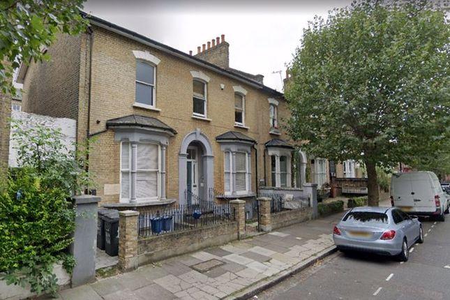 Thumbnail Flat to rent in Goulton Road, Hackney, London
