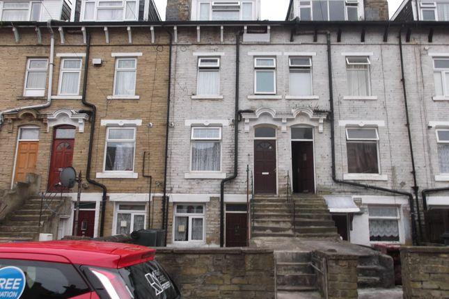 Thumbnail Terraced house to rent in Bishop Street, Bradford