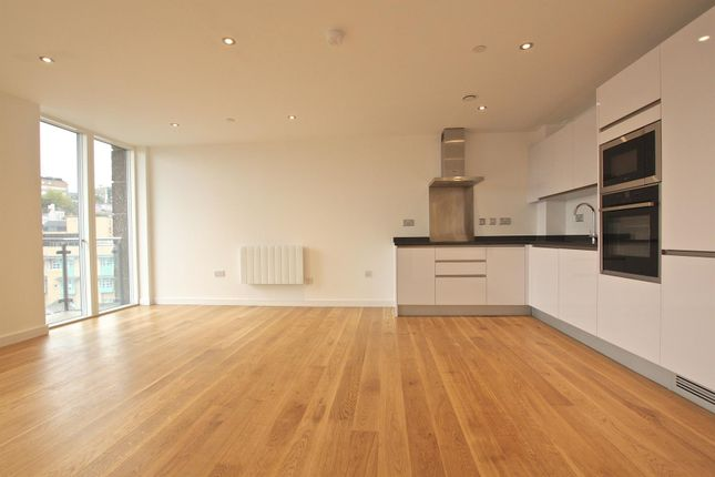 Thumbnail Flat to rent in Lewins Mead, Bristol