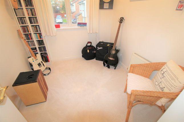 Bedroom 3 of Higherness Way, Coatbridge ML5