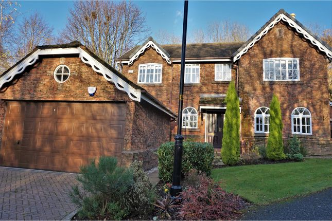 Thumbnail Detached house for sale in Orchard Rise, Hyde