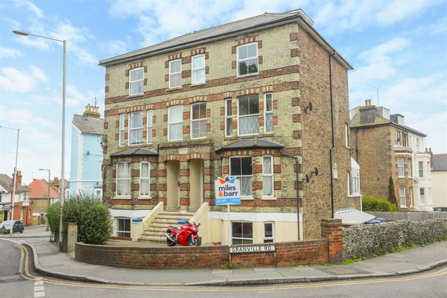 1 bed flat to rent in Ramsgate Road, Broadstairs CT10