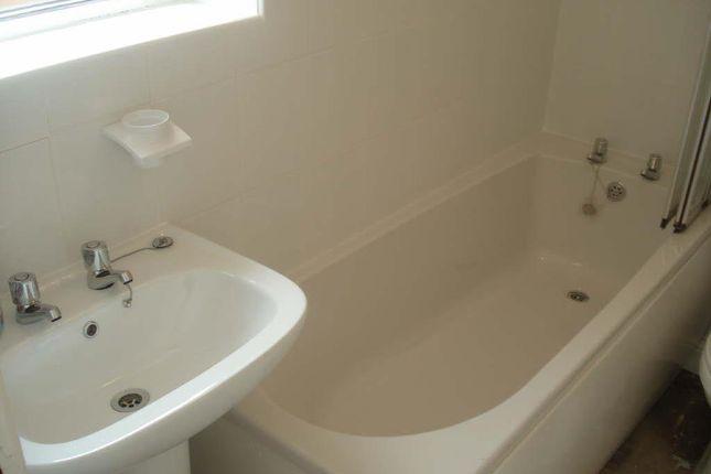 Bathroom/WC of Major Street, Darlington DL3