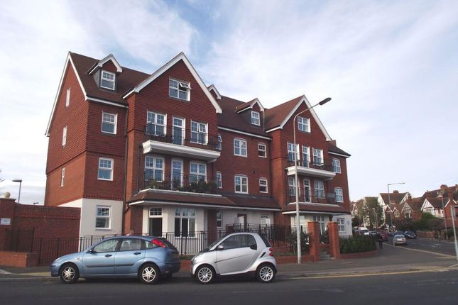 Thumbnail Flat to rent in Station Road, Bexhill-On-Sea