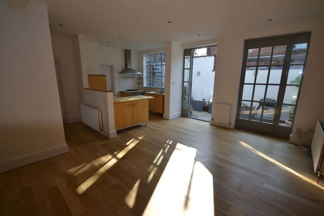 Thumbnail Property to rent in Clarendon Park Road, Clarendon Park, Leicester