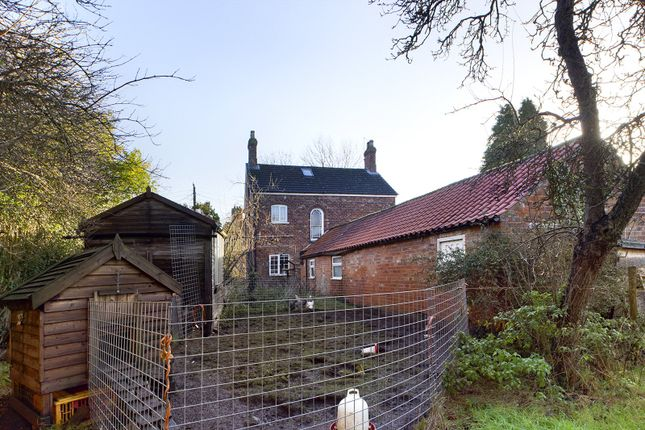 Picture No. 18 of Ferry Road, Goxhill, North Lincolnshire DN19