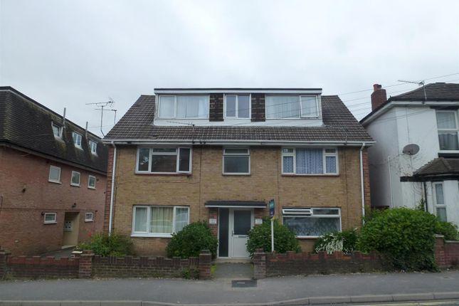 Thumbnail Flat to rent in Bullar Road, Bitterne Park, Southampton