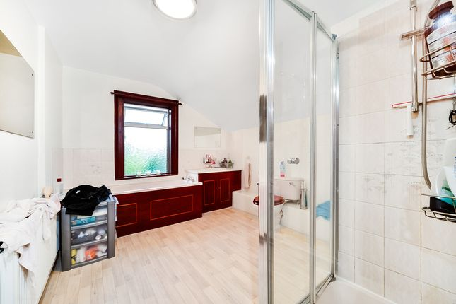 Thumbnail Terraced house to rent in Queens Road, Slough