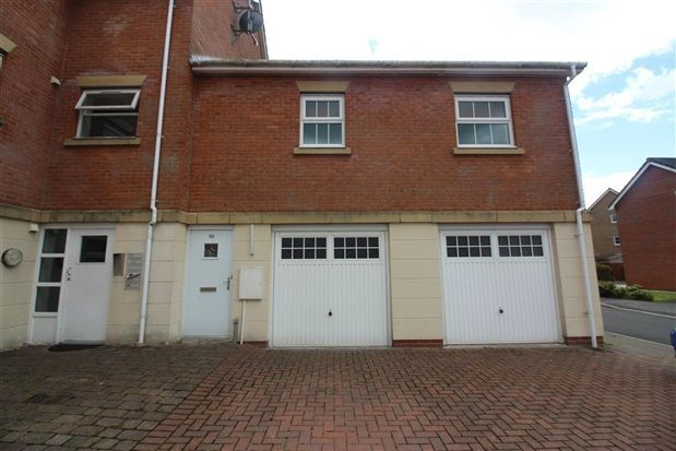 Thumbnail Flat for sale in Marine Crescent, Chorley