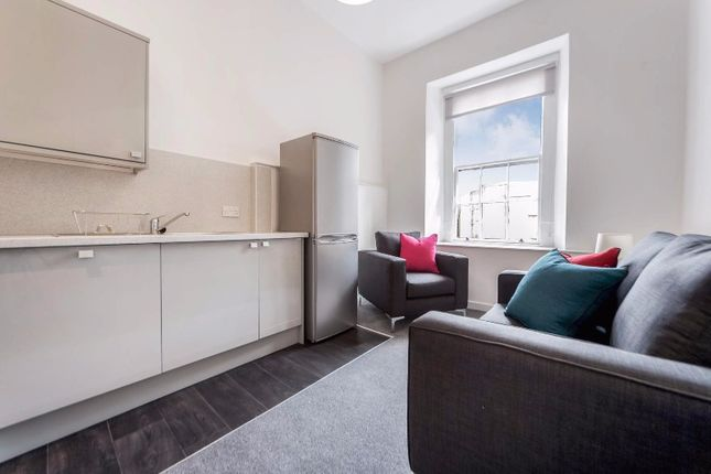 Thumbnail Flat to rent in Bath Street, City Centre, Glasgow