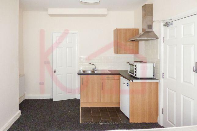 1 bedroom flat to rent in Room 1, Vaughan Avenue