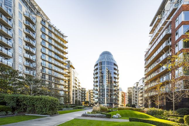 Thumbnail Flat to rent in Ascensis Tower, Juniper Drive, Battersea Reach, London