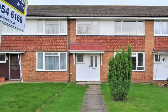 Thumbnail Terraced house to rent in Fontwell Close, Harrow Weald/Stanmore