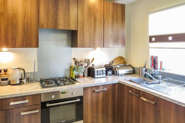 Kitchen of Longships Way, Reading RG2