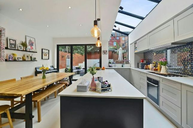 Thumbnail Terraced house for sale in Harberton Road, London