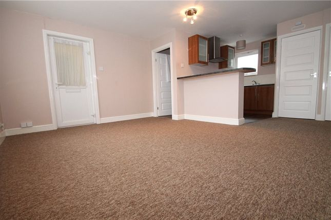 Thumbnail Flat to rent in Cleeve Close, Redditch