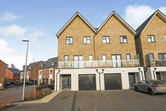 4 bed semi-detached house for sale in Duncan Road, Meon Vale, Stratford Upon Avon CV37