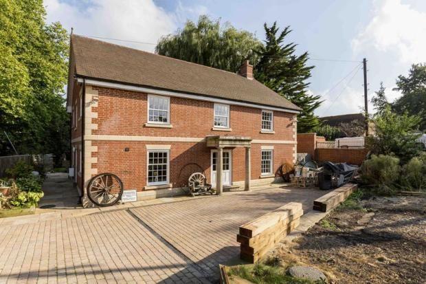 Mill Lane, Bedhampton, Havant PO9