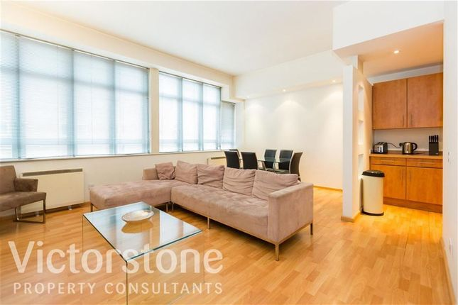 2 bed flat to rent in City Road, Clerkenwell, London