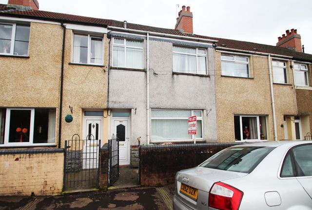 Thumbnail Terraced house to rent in Glyn Gaer Road, Glyn Gaer