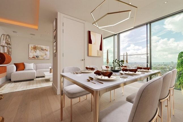 Thumbnail Flat for sale in Carrara Tower, City Road