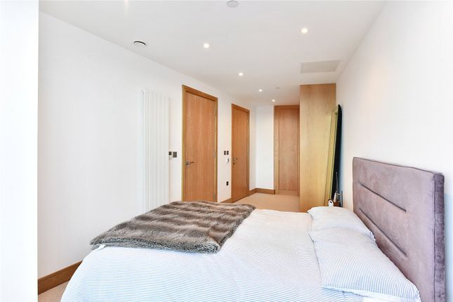 Bedroom of Arena Tower, 25 Crossharbour Plaza, London E14