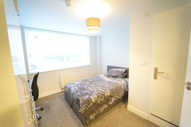 Thumbnail Flat to rent in Middle Street, Beeston, Nottingham