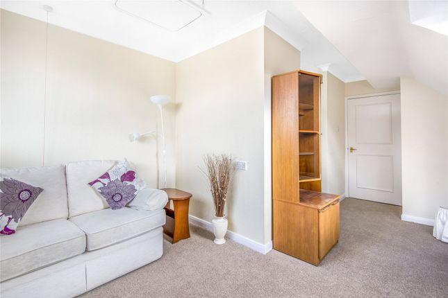 Picture No. 16 of Heydon Court, 5 Deer Park Way, West Wickham BR4
