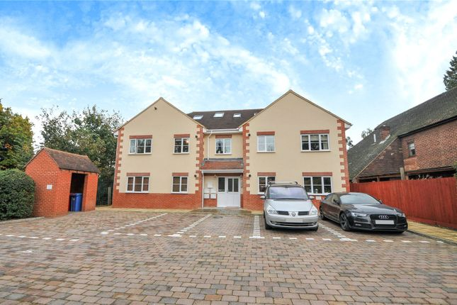 Thumbnail Flat to rent in Savile Court, Larges Bridge Drive, Bracknell, Berkshire