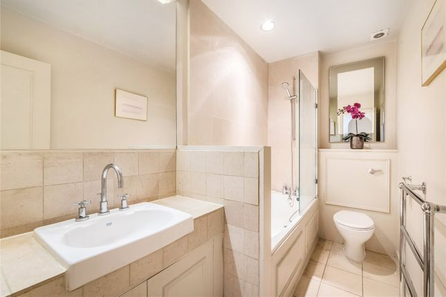 Bathroom of Redcliffe Square, Earl's Court, London SW10