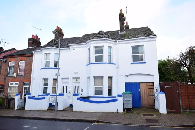 Thumbnail Flat to rent in Frederick Street, Luton