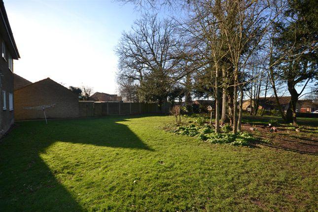 Gardens of Hadley Crescent, Heacham, King's Lynn PE31