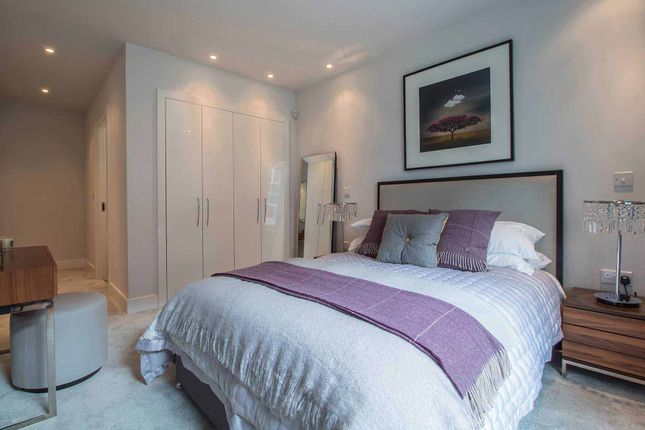 Master Bedroom of Logie Green Road, Edinburgh EH7