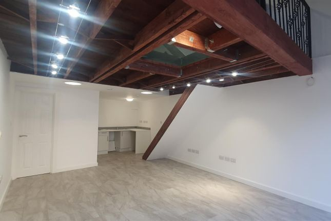 Thumbnail Office to let in Market Lodge, Wood Green, London