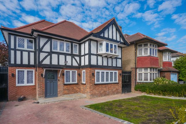 Thumbnail Detached house to rent in Barn Way, Wembley