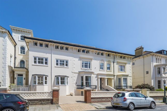 Thumbnail Flat for sale in Albany Villas, Hove