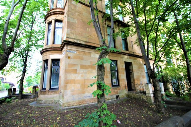 3 bed flat to rent in Gibson Street, Hillhead, Glasgow G12
