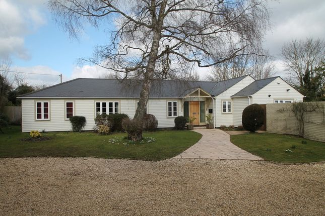Thumbnail Detached bungalow to rent in Old Wallingford Way, Sutton Courtenay, Abingdon