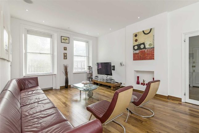 Thumbnail Flat for sale in Sussex Gardens, London