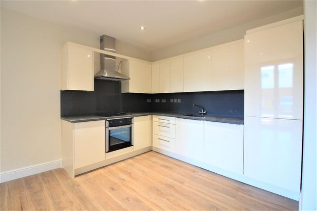 Thumbnail Flat for sale in Bellvue Court, Staines Road, Hounslow