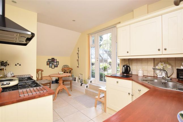 Thumbnail Flat for sale in Argos Hill, Rotherfield, Crowborough, East Sussex