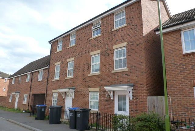 Thumbnail Property to rent in Richards Street, Hatfield