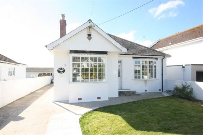 Thumbnail Bungalow to rent in Henver Road, Newquay
