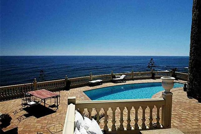 Thumbnail Villa for sale in Central, Marbella, Spain