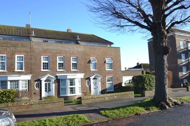 Thumbnail Town house to rent in Chesterfield Road, Eastbourne